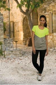 Afbeelding van L&S Contrast Sports T-shirt for her