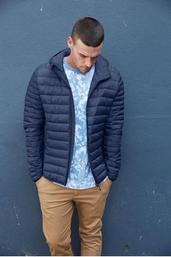 K6110 - Men's lightweight hooded padded jacket